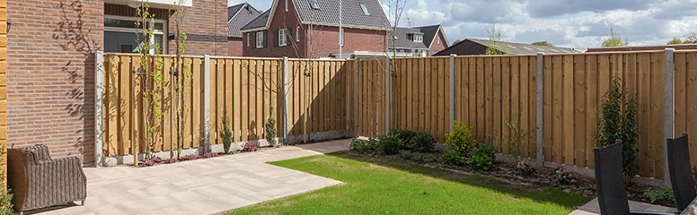 Do you need your neighbour's permission to replace a fence?