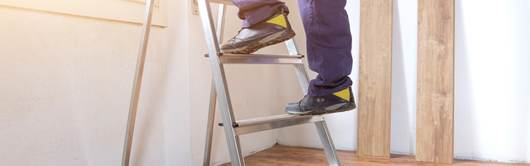 How to Use a Ladder Safely?