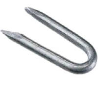 Lawsons Galvanised 20mm Staples are an ideal fixing solution for securing barbed wire to timber posts in a stock fencing situation. Our 500g Pack contains approximately 540 No.