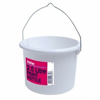 Lawsons 2.5 litre plastic paint kettle is an ideal item to add to your list of decorating requirements. An ideal size for those larger painting jobs such a sheds and fences.