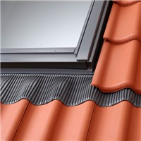 The Velux EDW FK06 0000 ensures a water tight seal between your Velux Roof Window, and various roofing materials.
